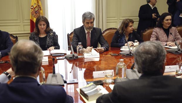 El presidente del Consejo General del Poder Judicial (CGPJ), Carlos Lesmes, durante el encuentro del Consejo