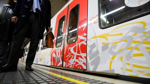Tren para concienciar contra el incivismo, entre otras conductas, por los grafitis, presentado en Barcelona, en imagen de archivo