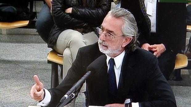 El cabecilla de la trama Gürtel, Francisco Correa, en una declaración en un juicio