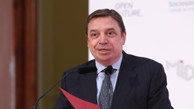 Luis Planas, actual ministro de Agricultura en la enterga de los premios Pascual Startup