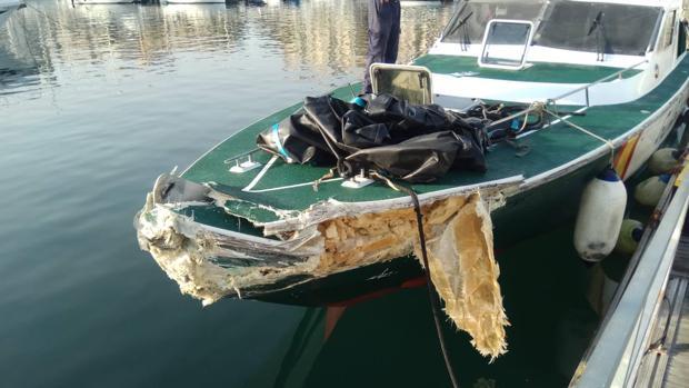 Estado final de la embarcación siniestrada de la Guardia Civil