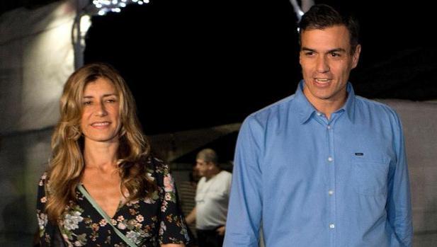 PP y Ciudadanos cargan contra la «agencia de colocación» de Sánchez