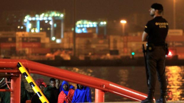 Imagen de archivo de la llegada de 160 persona al puerto de Algeciras el pasado 8 de septiembre