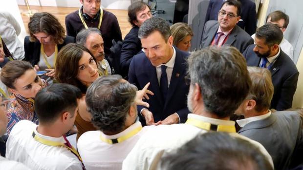 Los socios de Sánchez le sostienen para evitar elecciones y a pesar del desgaste