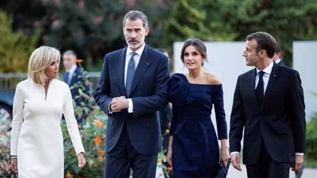 Los Reyes con Macron y su mujer, Brigitte