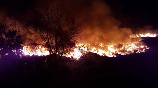 Imagen del incendio en Sollana