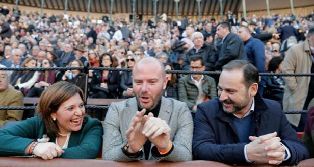 El ministro Ábalos, el año pasado en la plaza de toros de Valencia