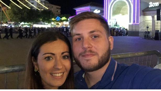El portavoz con su novia Marta en la Feria de Albacete