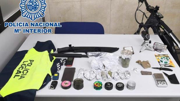 Material intervenido en la operación contra el menudo de la Policía Nacional
