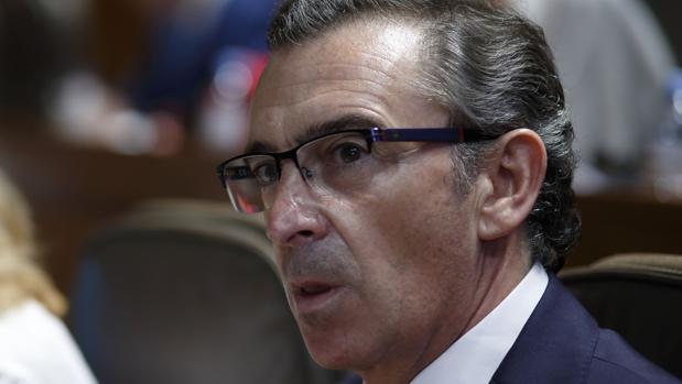 Luis María Beamonte, presidente del PP aragonés y candidato al Gobierno aragonés