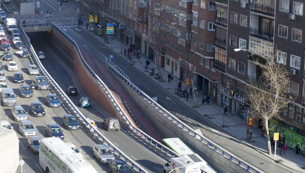 Entrada a Madrid por la Avenida de América, final de la A-2