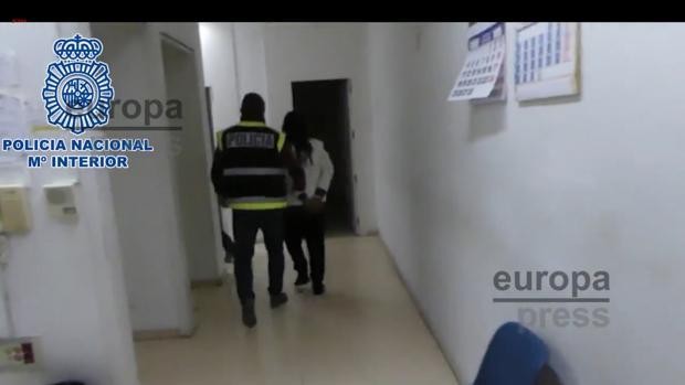 El padre de l novio de la joven ha sido detenido