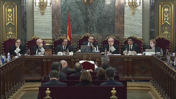 Imagen de la señal institucional del Tribunal Supremo durante la declaración de la expresidenta del Parlament Carme Forcadell
