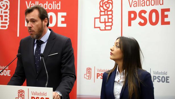 Óscar Puente y Carmen Jiménez