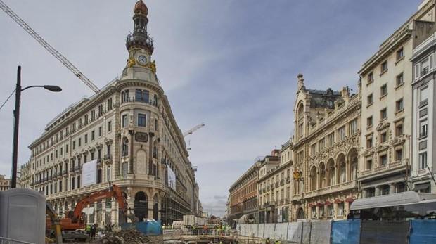 La fachada de la manzana de Canalejas, ya descubierta
