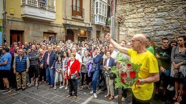 El etarra López Abetuxko, recibido en Vitoria el pasado 5 de julio de 2018, tras salir de la cárcel