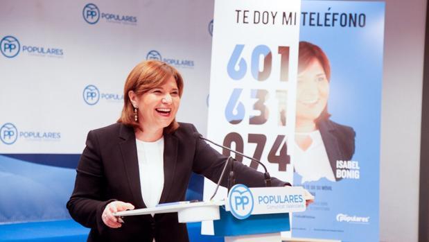 Isabel Bonig, en la presentación de la iniciativa «Te doy mi teléfono»