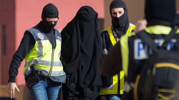 Operación policial en Melilla contra una red de captación de Daesh, en 2014