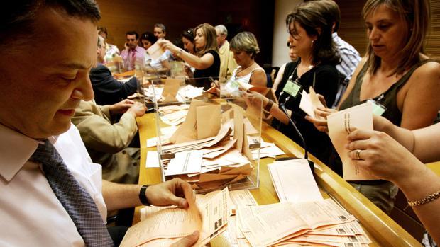 Conocer las fechas del proceso para votar por correo en las elecciones valencianas 2019 es importante para que la papeleta llegue a tiempo