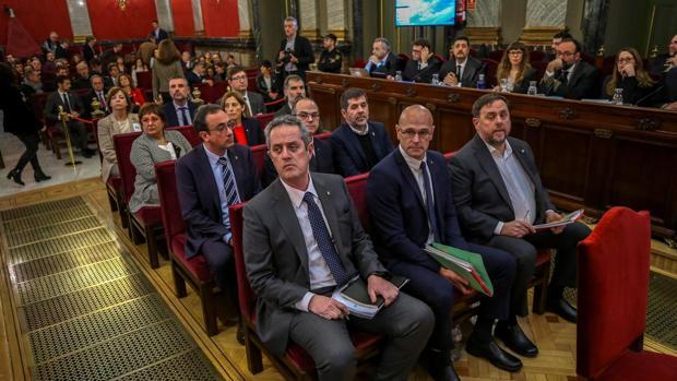 Los líderes del «procés», en el banquillo de los acusados del Tribunal Supremo
