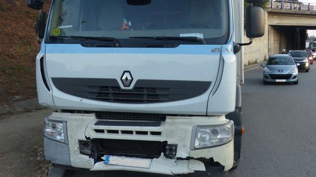 El camión fue interceptado después del último de los accidentes que provocó