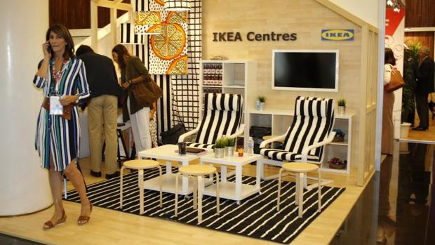Expositor de Ikea en una feria comercial de Alicante