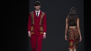 Davidelfín saca su bufanda en defensa de la moda