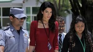 George Clooney construye un búnker en su casa para proteger a Amal