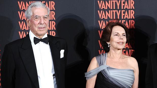 El escritor Mario Vargas Llosa y su mujer, Patricia Llosa, en 2011