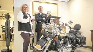 Una moto de Don Juan Carlos se cuela en la subasta del caso Malaya
