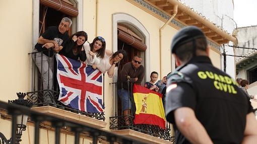Banderas británicas y españolas engalanaron Íllora
