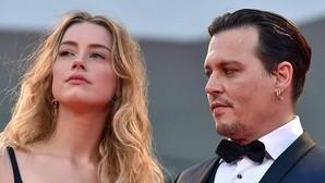 Varios mensajes de texto confirman el carácter agresivo de Johnny Depp con Amber Heard