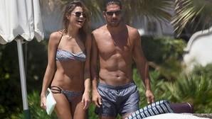 Diego Simeone y su novia disfrutan de unas vacaciones de reflexión en Miami
