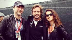 Penélope Cruz y Javier Barden visitan a Fernando Alonso en Canadá