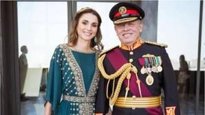 La Reina de Jordania se viste con marca española