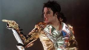 Michael Jackson tenía colecciones de pornografía infantil en su rancho de Neverland