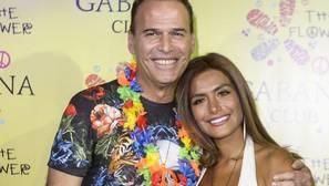 La novia peruana de Carlos Lozano se solidariza con isabel Preysler