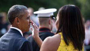 El simpático gesto de Michelle Obama con Barack Obama
