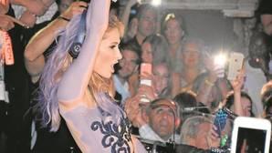 Paris Hilton incumple su contrato con la discoteca Olivia Valère