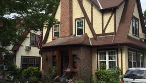 La casa de infancia de Donald Trump en Queens, Nueva York, está en venta por US$1,650 millones