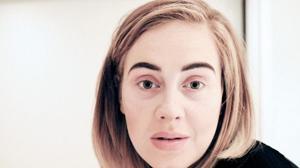 Adele cancela un concierto por un resfriado y pide perdón en Instagram mostrándose sin maquillaje