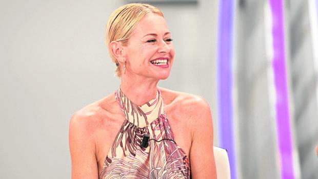 Esther Arroyo esta semana en el plató del programa «Amigas y conocidas» en TVE