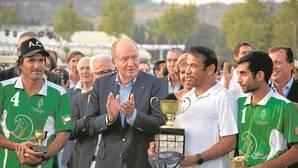 Don Juan Carlos clausura la temporada internacional de polo en Sotogrande
