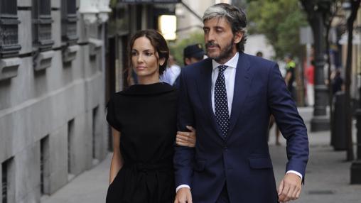 Eugenia Silva y su pareja Alfonso de Borbón