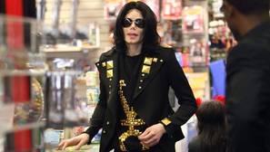 Acusan a Michael Jackson de haber dirigido una gigantesca red de prostitución infantil