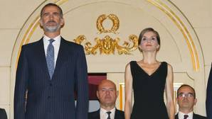 El Teatro Real se rinde ante la Reina en su 44 aniversario