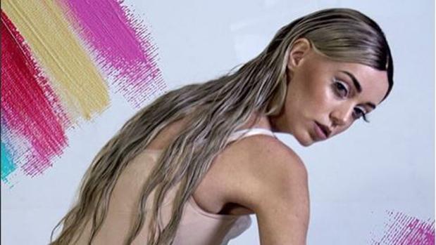 Instagram:  Una modelo revela un secreto que guardaba desde hace seis años: sufre de una extraña alopecia