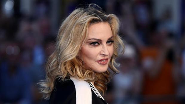 Twitter:  Madonna sigue los pasos de Katy Perry y también se desnuda en apoyo de Hillary Clinton