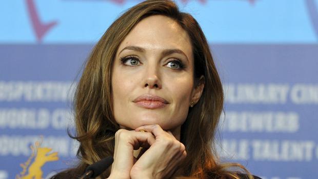 Angelina Jolie contrata a la asesora de la serie 'Scandal' para su divorcio
