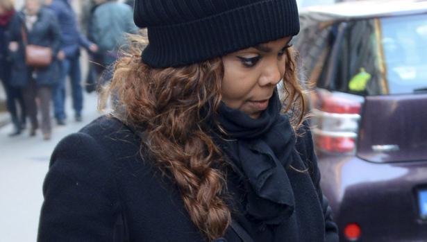 Difunden las primeras imágenes de Janet Jackson embarazada